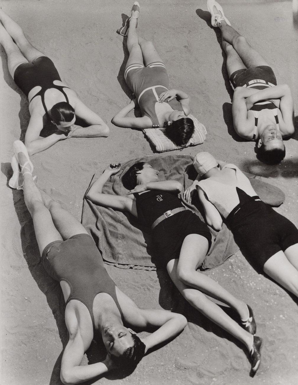6 Bathers, Patou, Molyneux, Yrande