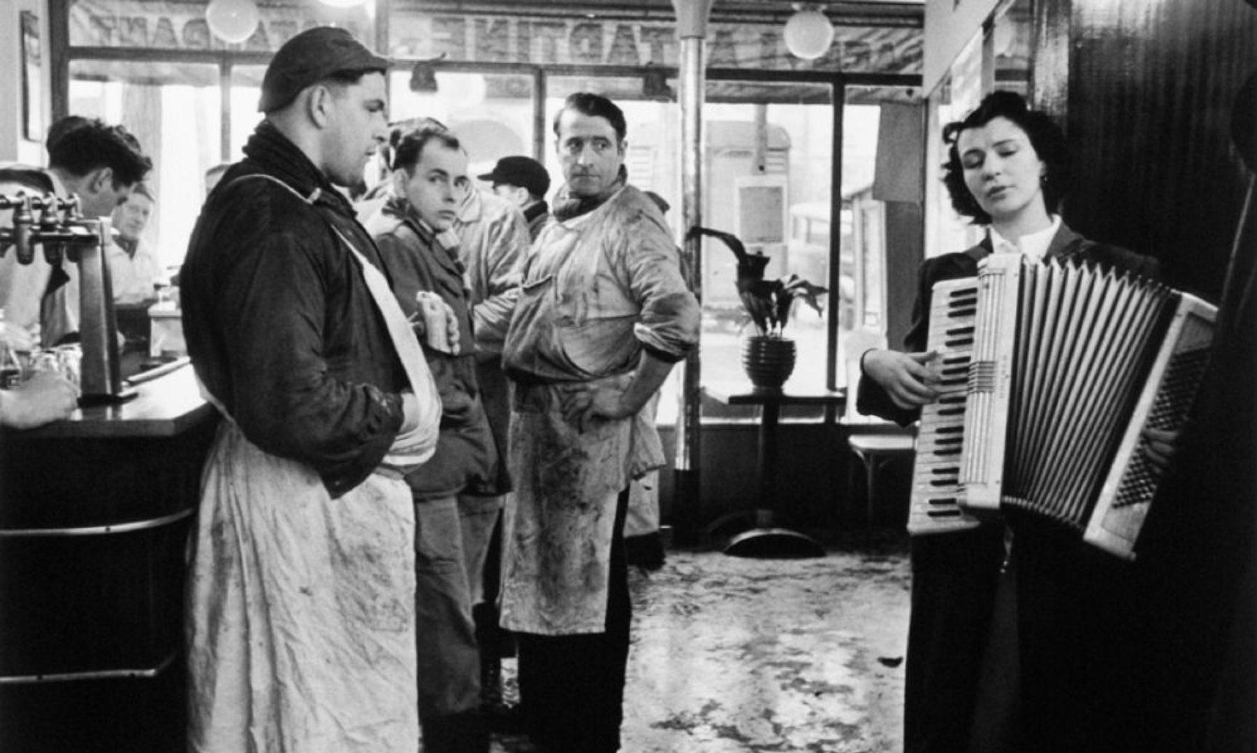 """Les Tueurs Melomanes (The Accordionist)"""" - Paris"""