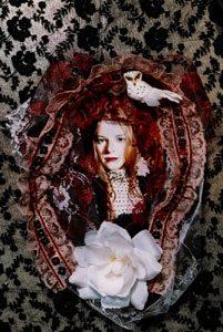 Véra (Julie-Marie Parmentier)