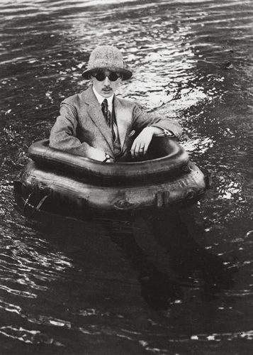 Zissou in His Tire Boat, Chateau de Rouzat
