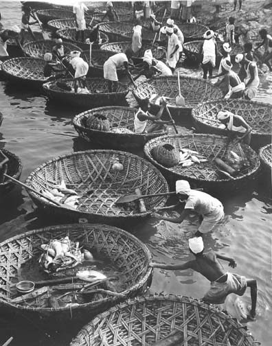 India's Five Year Plan (Calcutta fisherman in basket boats)