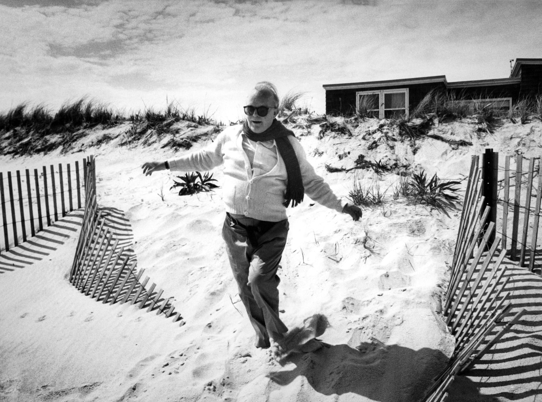Harry Benson, Truman Capote On The Beach 1