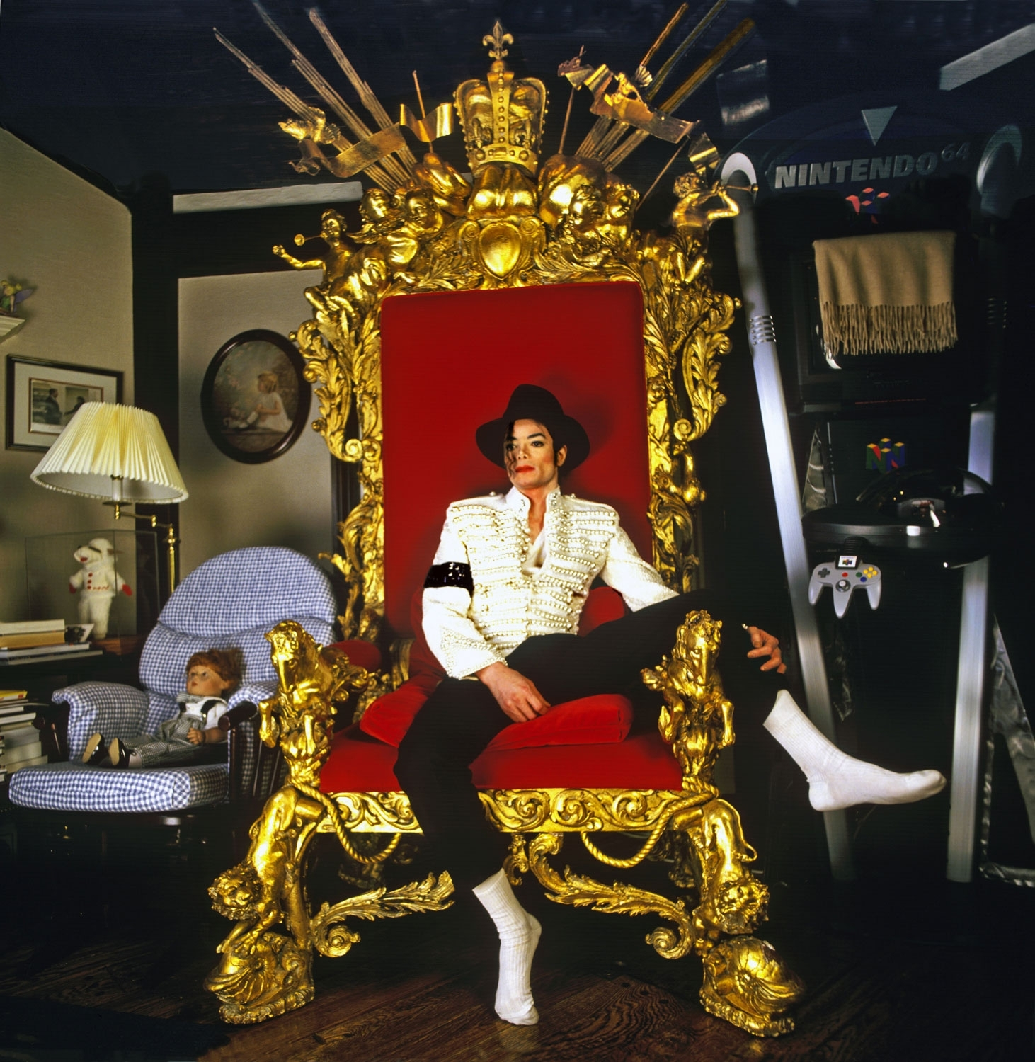 Michael Jackson on Throne (King of Pop)