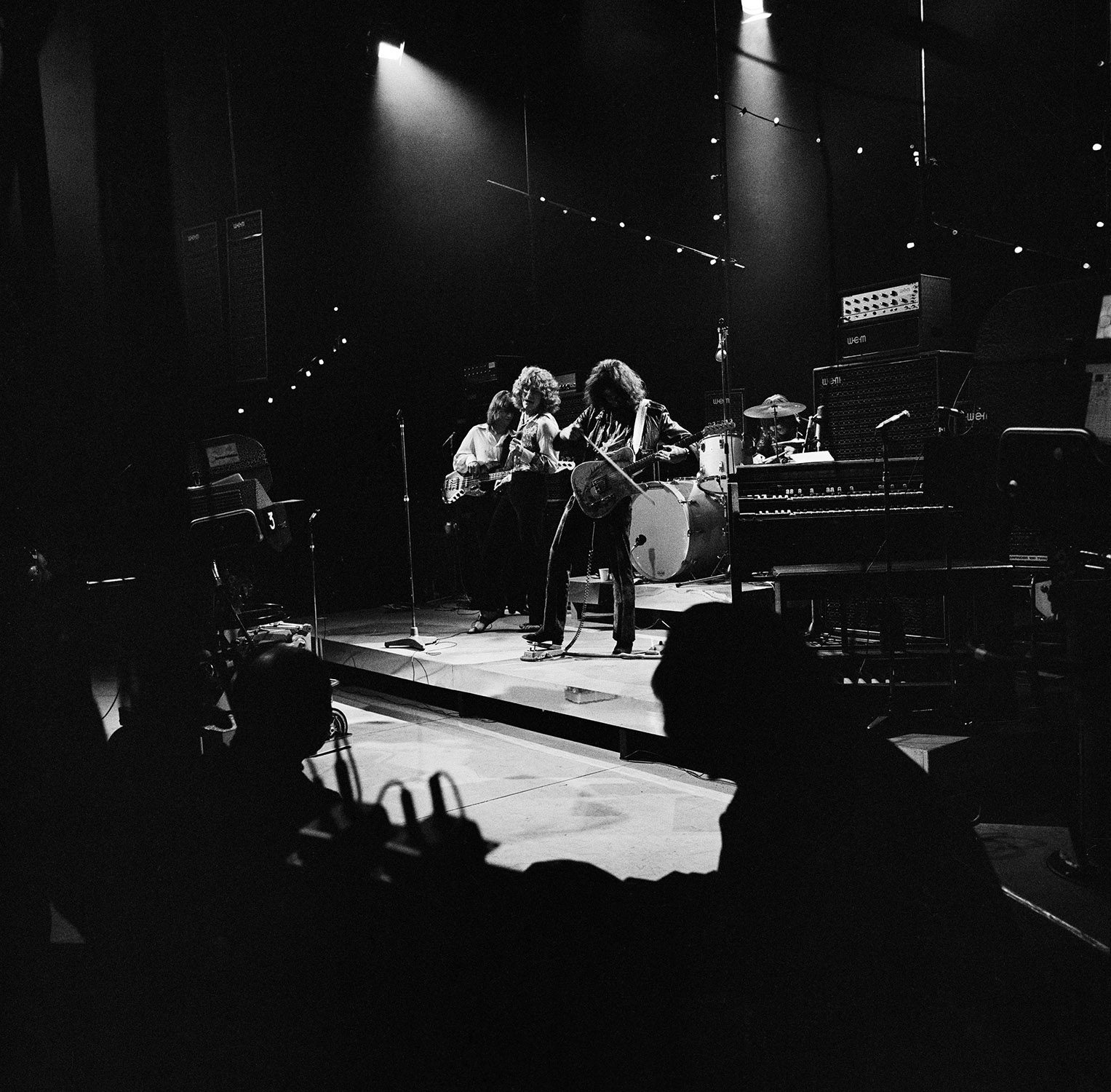 Led Zeppelin Live 1, London