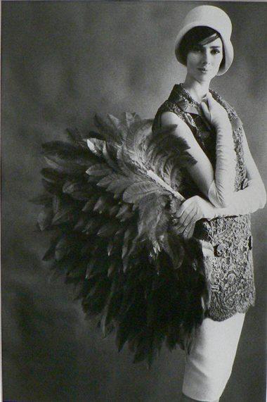 Vogue - Model Margaret et plumes