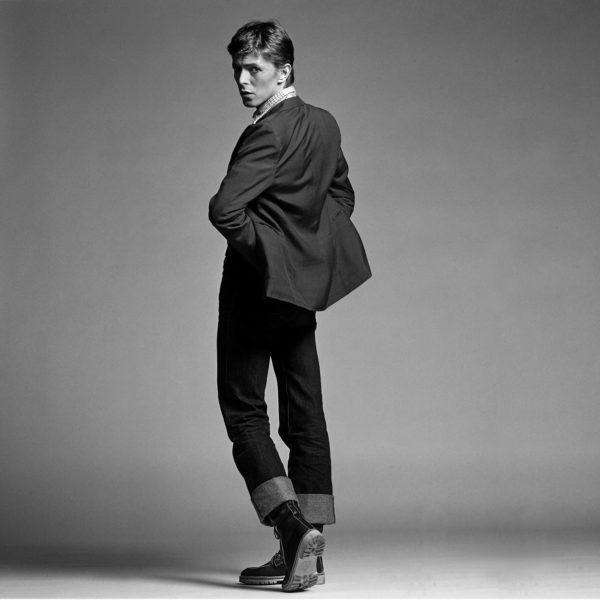 Bowie Twisting (sideways), London Studio