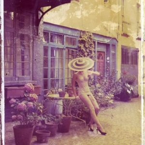 4pm in London, Philip Treacy, hat / Cadolle (lingerie) Haute Couture 2009