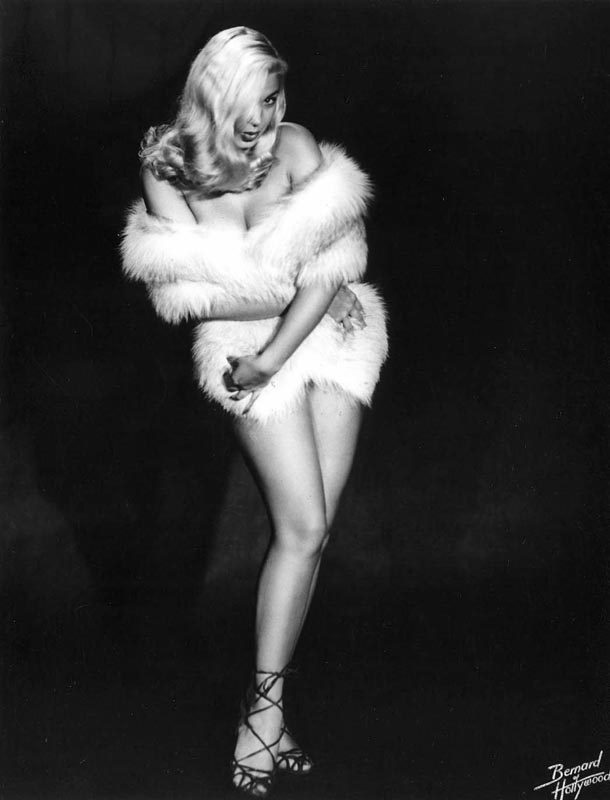 Classic Pin-Up - Cold Outside, Barbara Nichols