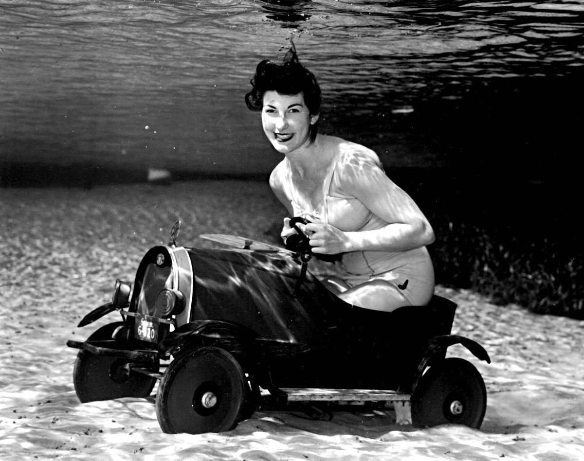 Silver Springs Underwater (Driving a Car)