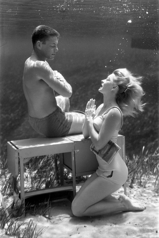 Silver Springs Underwater (couple praying)