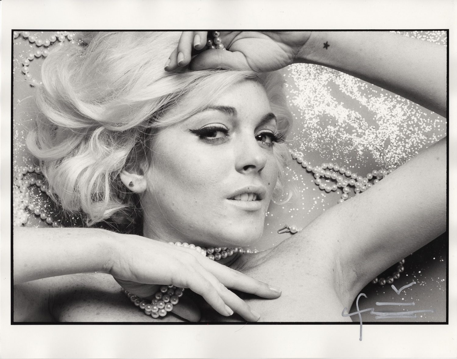 """Lindsay Lohan with diamonds, from Lindsay Lohan as Marilyn Monroe in """"The Last Sitting"""" for New York Magazine 2008"""