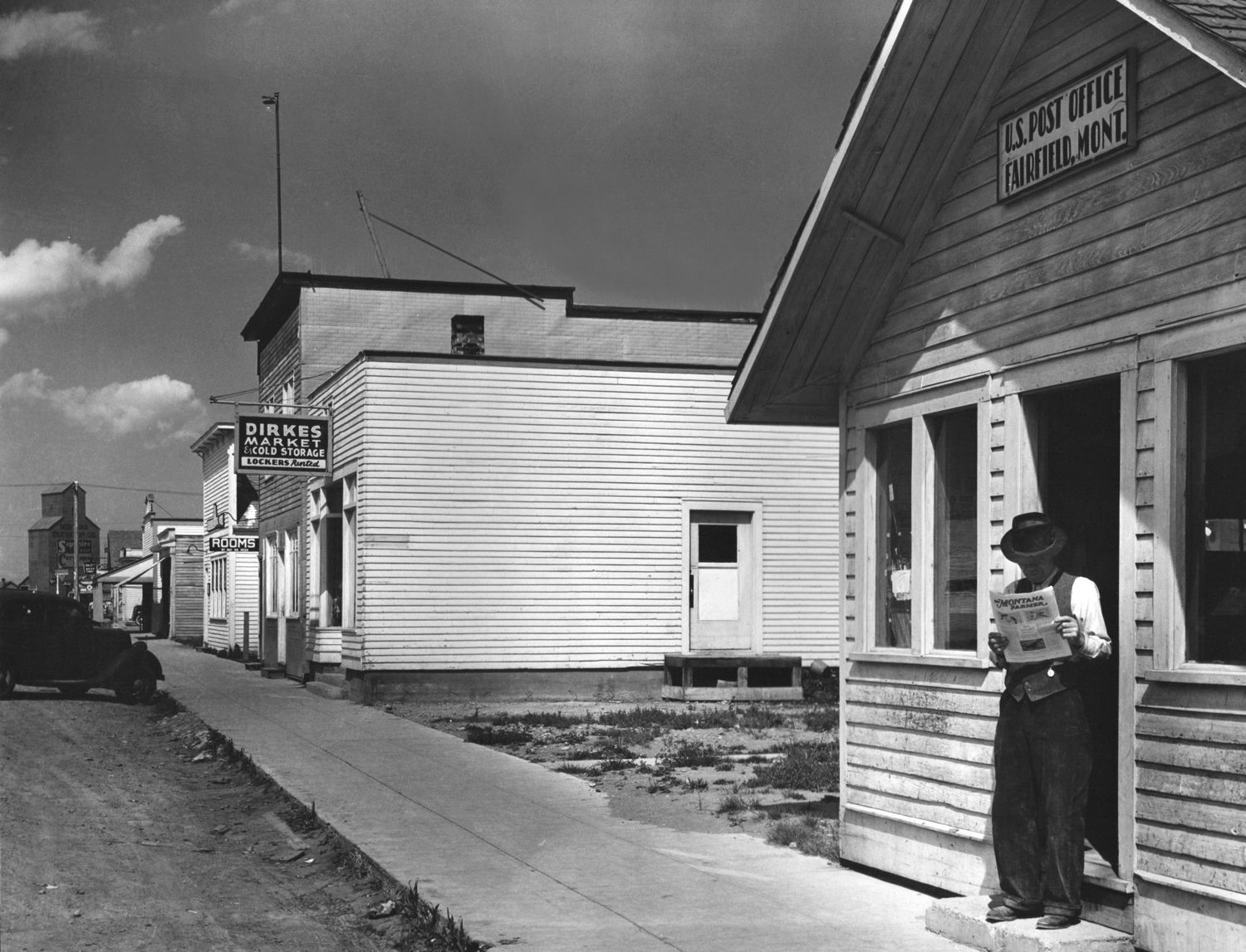 Main Street, Fairfield, Montana