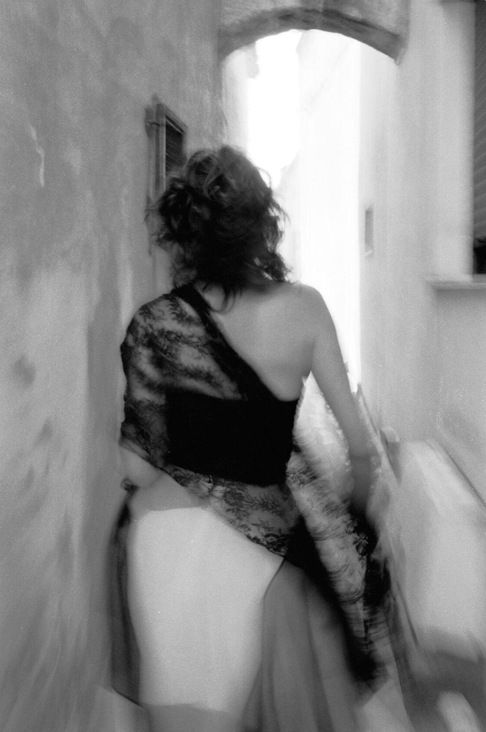 La Dolce Vita, Nº 2, Naples