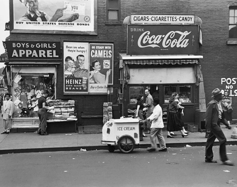 Edouard Boubat, Rue, NYC 1953