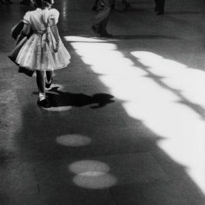 Louis Stettner, Girl In Dress Pen Station