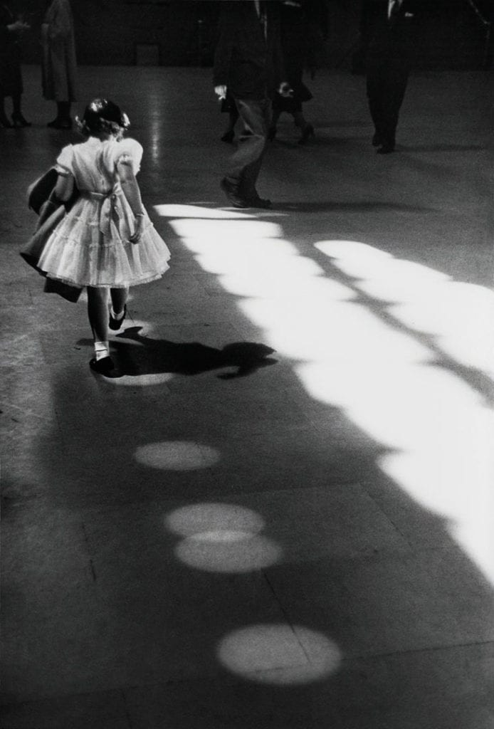 Louis Stettner, Girl In Dress Pen Station