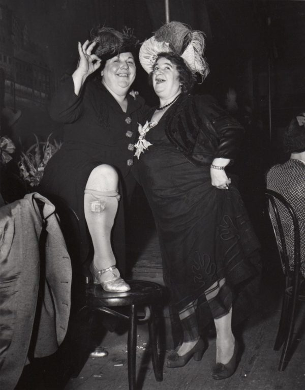 Weegee, At Sammys in Bowery