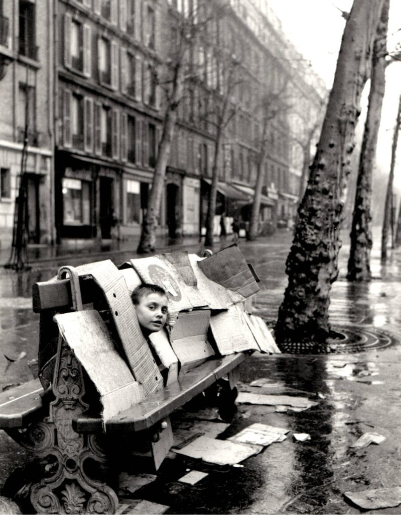 Robert Doisneau, A boy behind a bench and boxes