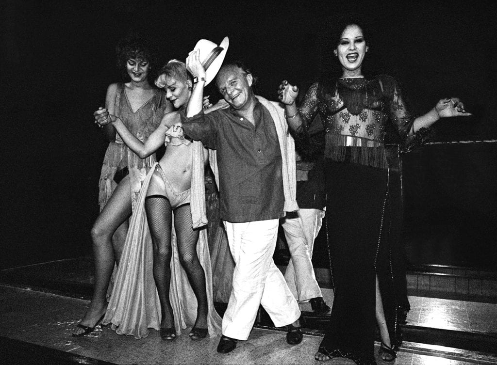 Harry Benson, Truman Capote on Stage No. 3 Dancers