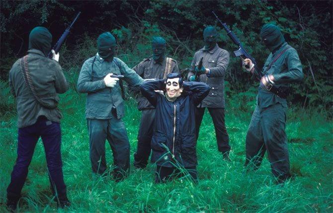 Harry Benson, IRA