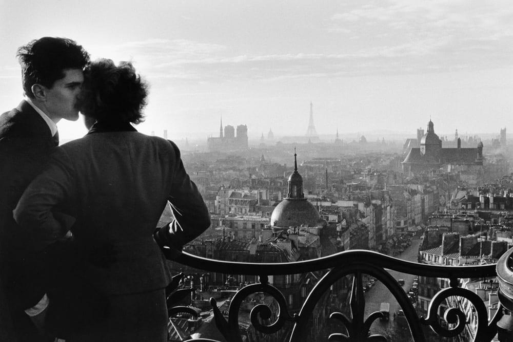 Willy Ronis Les Amoreux de la Bastille