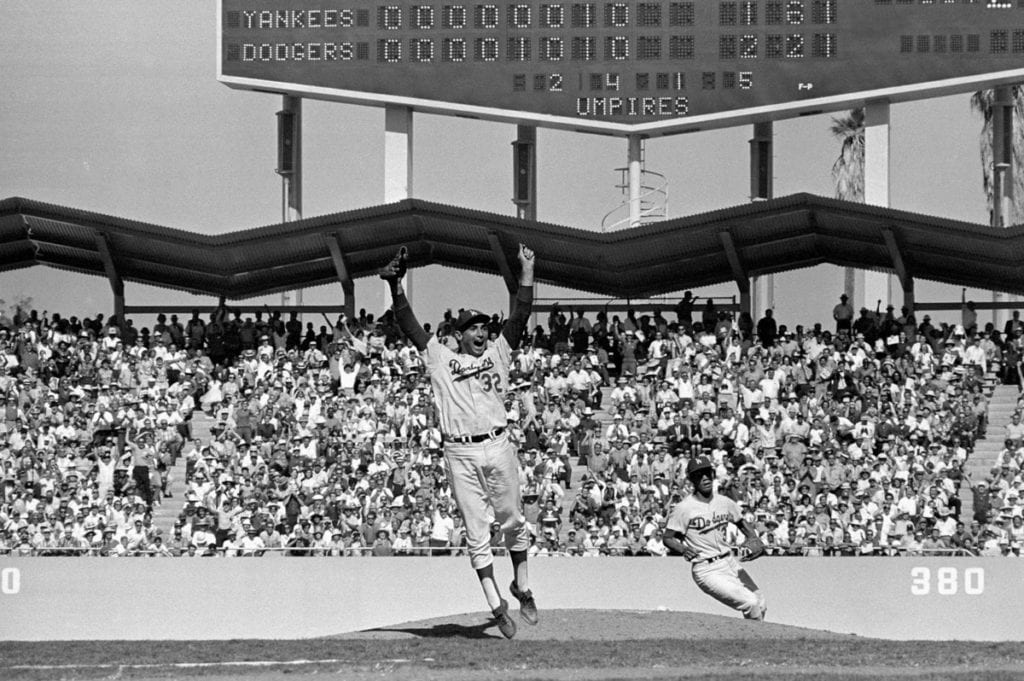 Neil Leifer, Sandy Koufax, Los Angeles Dodgers vs New York Yankees, 1963 World Series