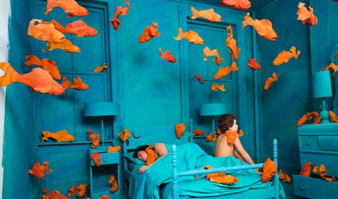 Sandy Skoglund, Early Morning