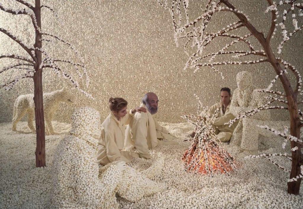 Sandy Skoglund, Warm Frost
