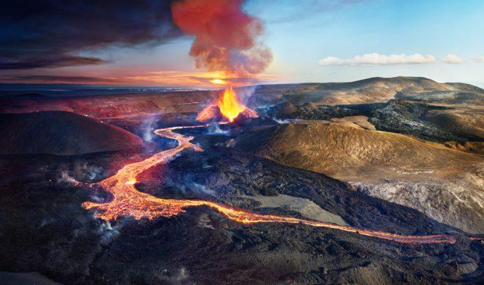 Stephen Wilkes, Volcano Fagradalshraun, Iceland, Day to Night