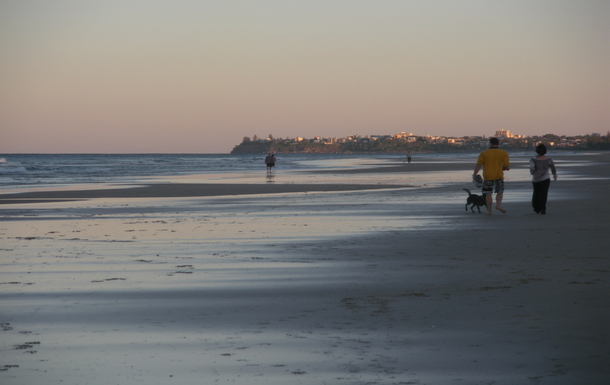 Home exchange in,Australia,Sunshine Coast,Enjoy sunset or sunrise walks!