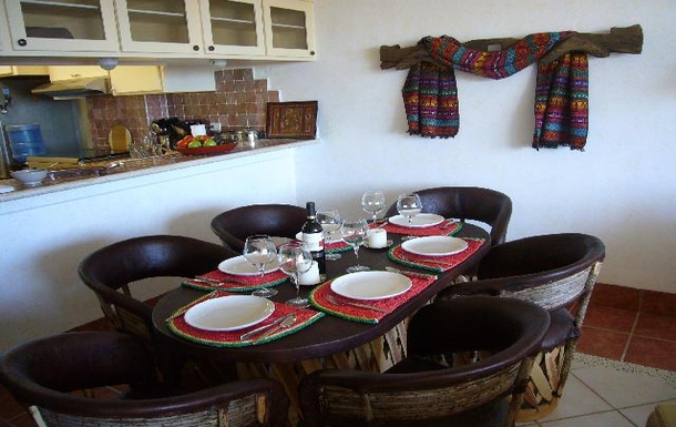 BoligBytte til,Mexico,La Paz,Dining area with kitchen to the left