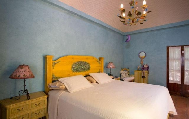 BoligBytte til,Mexico,San Miguel de Allende,2nd bedroom in main house/king size bed