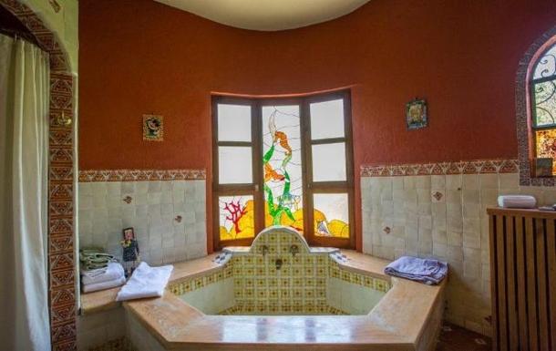 BoligBytte til,Mexico,San Miguel de Allende,master bathroom tub