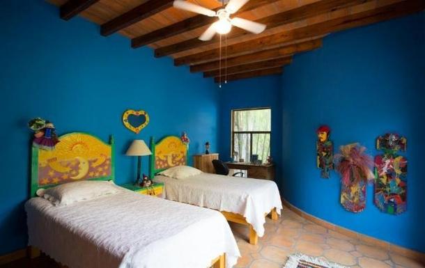 BoligBytte til,Mexico,San Miguel de Allende,casita bedroom with twin beds
