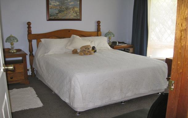 Home exchange in,Australia,WILLUNGA,Second Bedroom