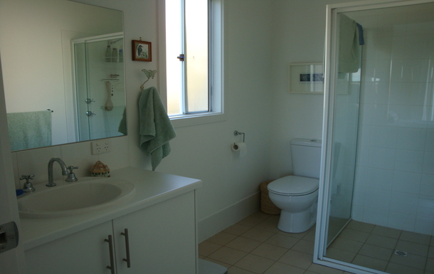 Home exchange in,Australia,PENNESHAW,Ensuite