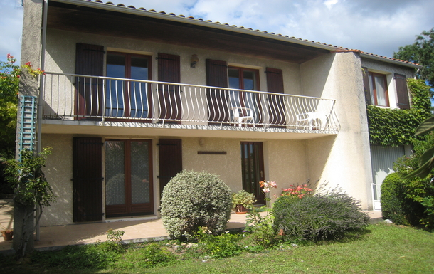 Kodinvaihdon maa Ranska,Saintes, Nouvelle-Aquitaine,Quiet, spacious, comfortable, well situated,Home Exchange Listing Image