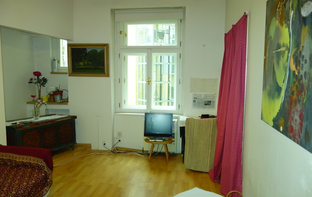 Koduvahetuse riik Tšehhi,Prague, Prague,Pied a terre in an authentic neighborhood,Home Exchange Listing Image