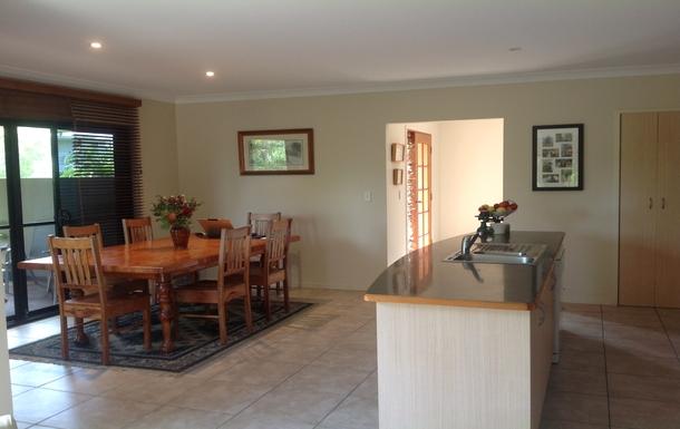 Home exchange in,Australia,OCEAN SHORES,Dining Kitchen area