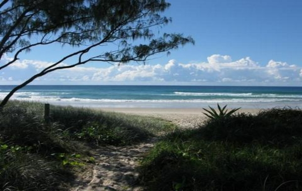 Home exchange in,Australia,OCEAN SHORES,Our local beach - South Golden Beach