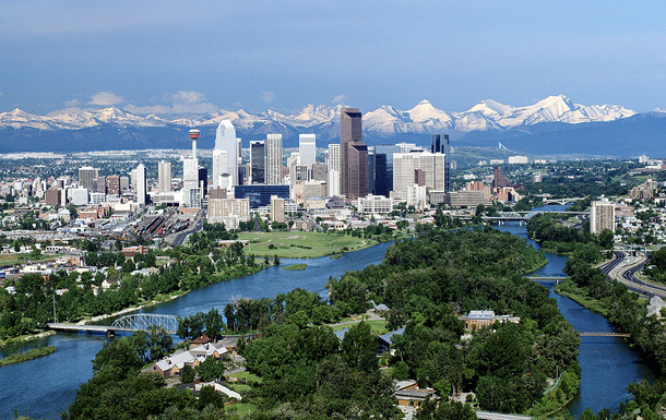Home exchange in Canada,Calgary, Alberta,Beautiful Mountain view home,Home Exchange & Home Swap Listing Image