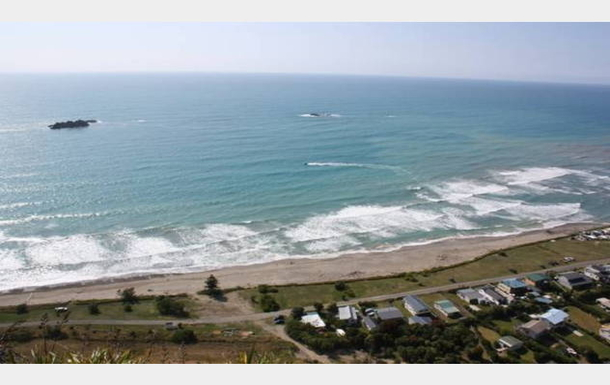 Boligbytte i  New Zealand,Hastings, 55k, SE, Hawke's Bay,Kairakau beach - seafood, sun & strolling,Home Exchange & House Swap Listing Image