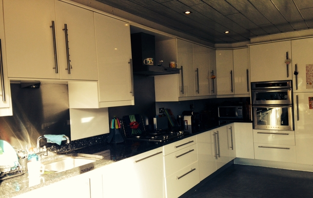 BoligBytte til,United Kingdom,Edinburgh, 2m, S,Our brilliant kitchen which is great for entertain