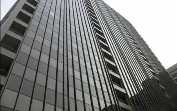 Enjoy this high rise in heart of downtown Dallas