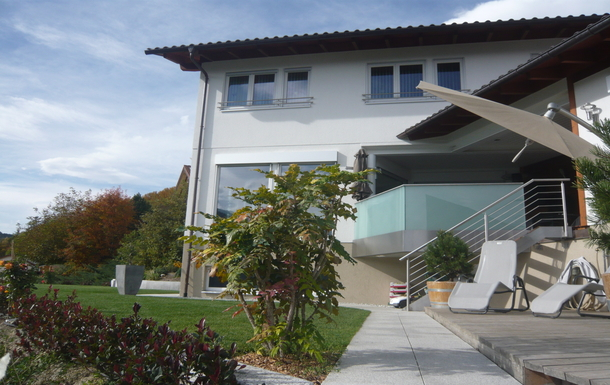 Terrasse-loggia en haut et terrasse-jacuzzi en bas
