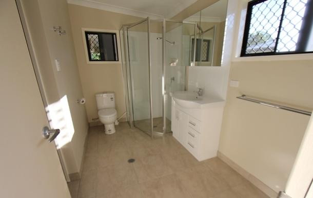 Home exchange in,Australia,TOWNSVILLE,Guest bedroom en-suite