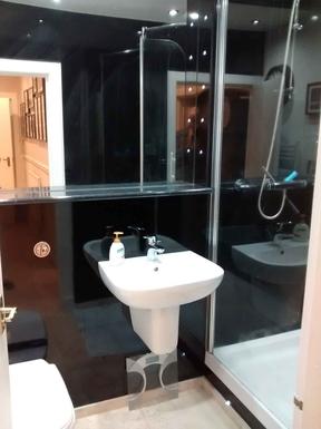 BoligBytte til,United Kingdom,Edinburgh centre,Bathroom by master bedroom