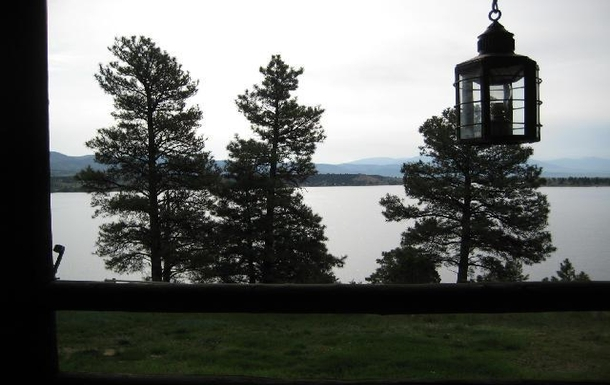 Home exchange in,United States,Helena,View of lake from front door