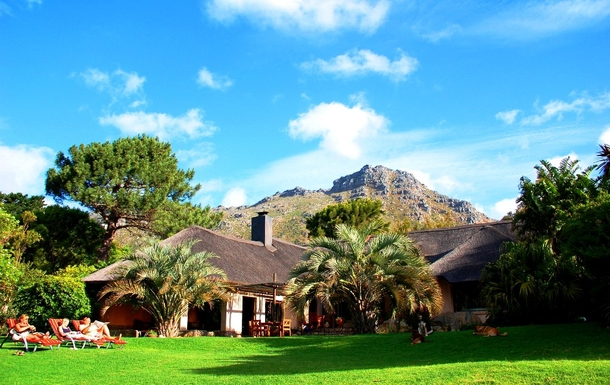 Boligbytte i  Sør-Afrika,Hout Bay / Cape Town, Western Cape,Large thached house with garden and pool,Home Exchange & House Swap Listing Image