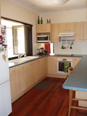 Home exchange in,Australia,Branyan Bundaberg,Kitchen